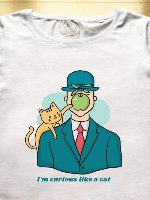 Organic cotton T-shirt-Curious like a Cat