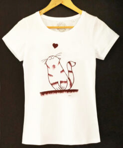 Hand painted T-shirt-Cat in love